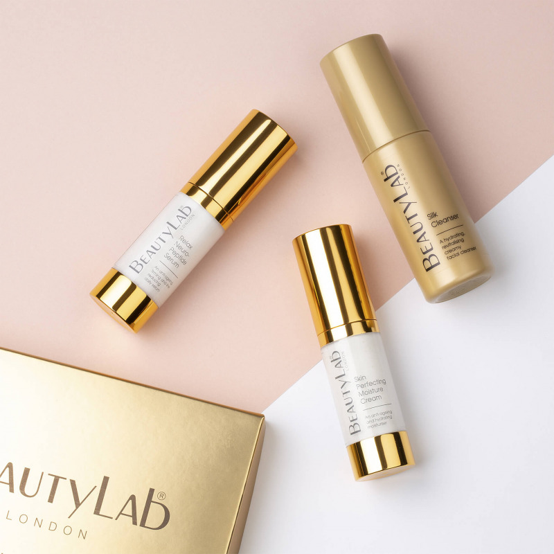 Anti-Ageing Skincare Discovery set products