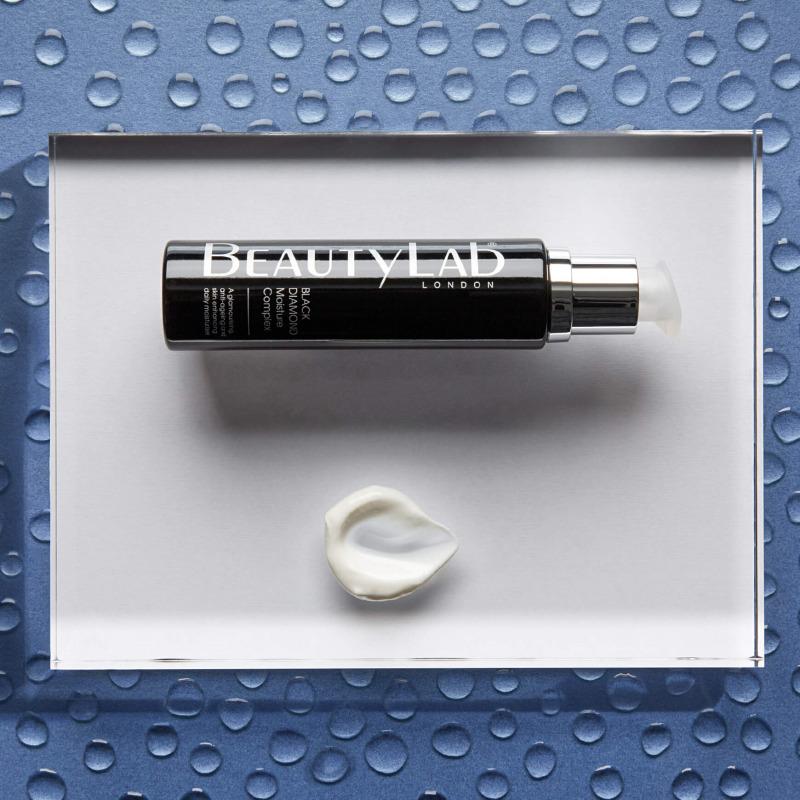Black Diamond Moisture Complex texture Box